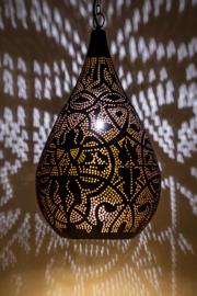 hanglamp-druppel-filigrain-zwart-buitenkant-koperfinish-binnenkant-winkel Indistrieel Middelburg