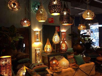hanglampen-Sfeerlampen-filigrain-lampen-met-kleine-gaatjespatronen-mooie-1001-nacht-sfeer-uit-India-te-koop-bij-Indistrieel-in-Middelburg-shop-unieik