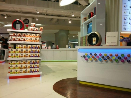 Pop Up Cafe Dolce Gusto @ Lotte Avenue