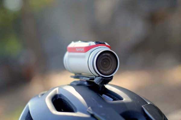 TomTom Bandit GPS Action Camera (Action Pack Bundle)