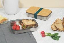 96042_1_Black-Blum_Box-Appetit_Steel_Sandwich-Box_Kitchen-scene_Ocean