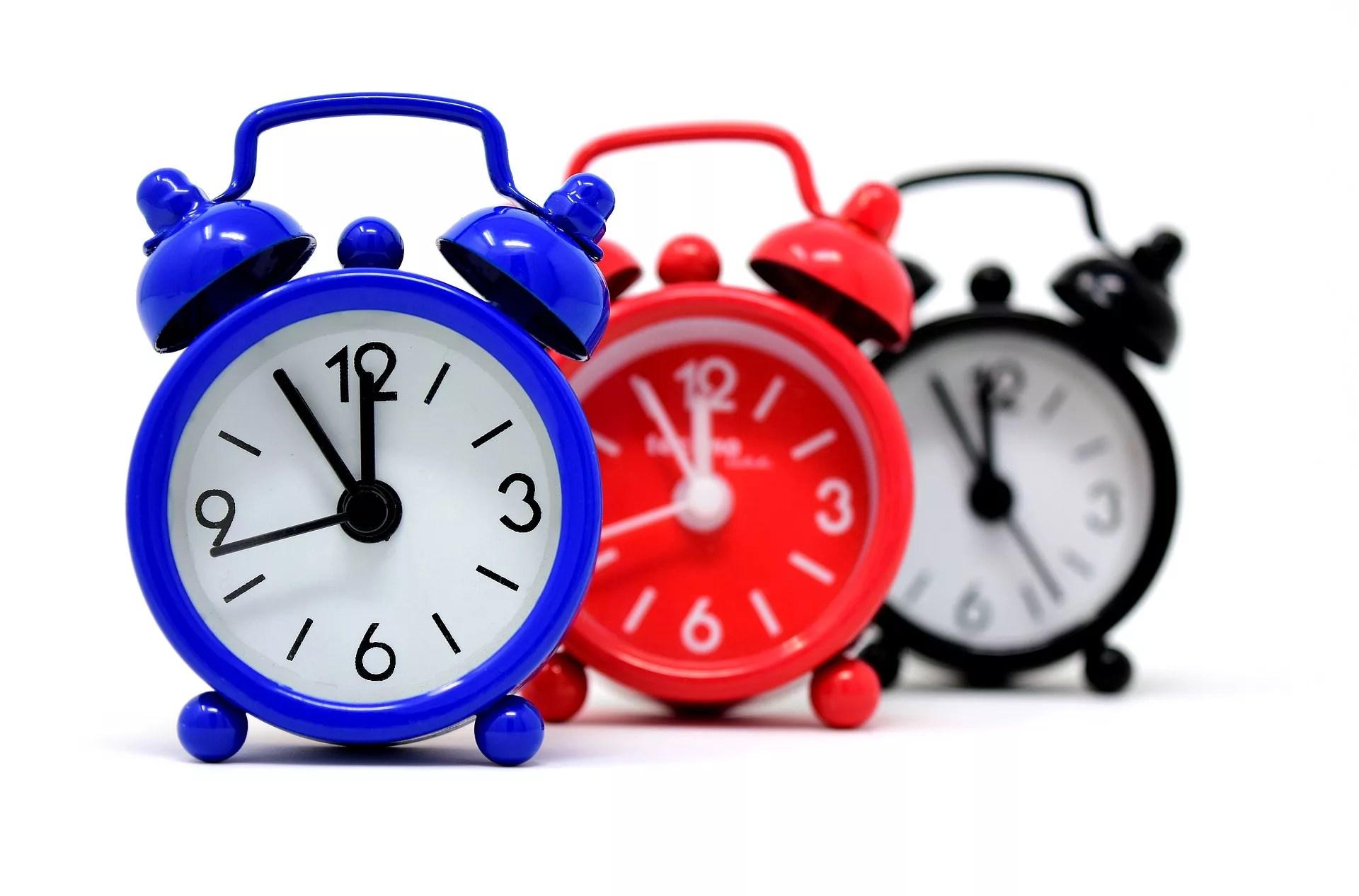 アイコス本体の充電時間を測る時計