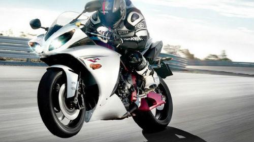 Сонник кататься на мотоцикле с девушкой