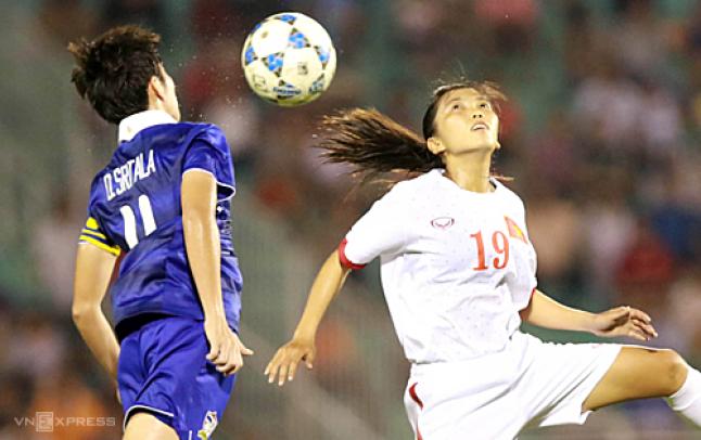 Huỳnh Như (19) trở thành người hùng với hai bàn thắng chỉ trong hai phút. Ảnh: Đức Đồng.