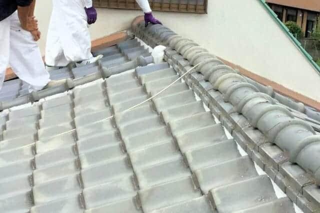 京都の屋根リフォーム業者【京都ルーフサービス】~雨漏りで劣化した屋根や雨樋・瓦のはがれや修理もお任せ~