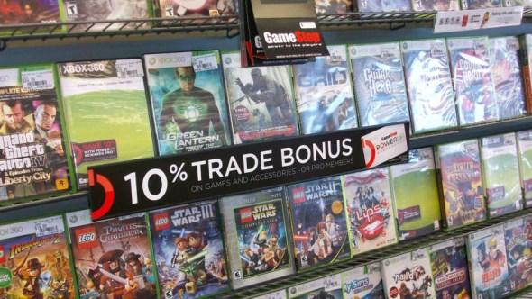 En ocasiones, las tiendas ponen incentivos y descuentos para el mercado de segunda mano. Imagen: GameStop.