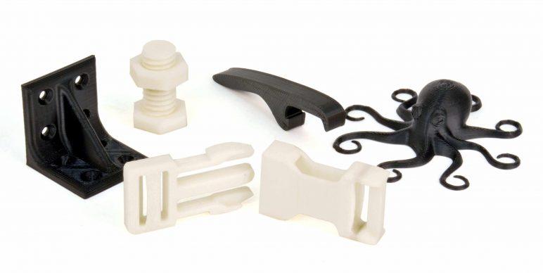 En İyi 3D Yazıcı Filamenti Türleri: PC / ABS