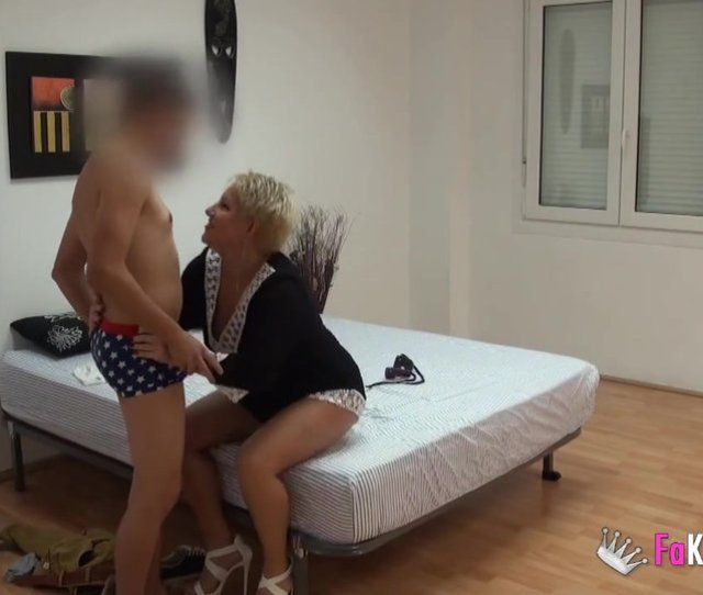 Short Haired Spanish Granny Gets Laid With Younger Man Analdin Com Tube Porno