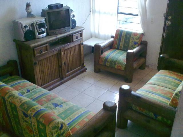 Imgenes de vendo muebles rusticos de madera 2 recamaras y