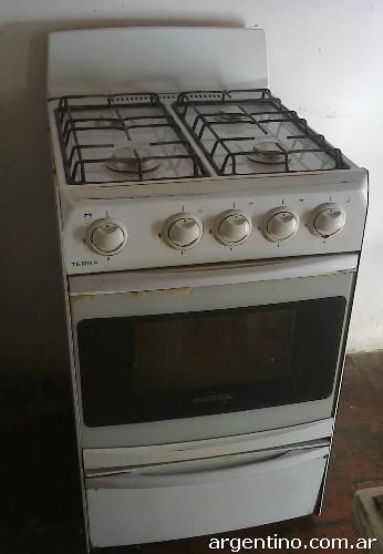 Vendo cocina Terra Saccol 4 horanallas 2 aos de uso buen