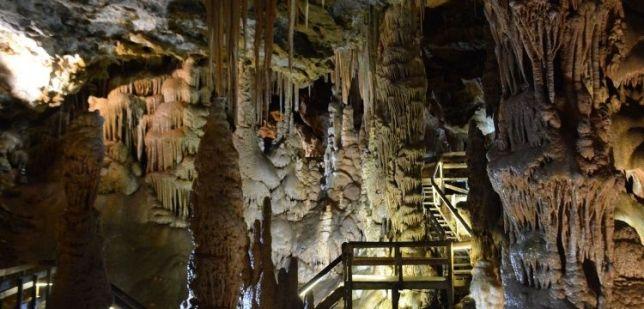 Gümüşhane'deki Karaca Mağarası yeniden ziyarete açıldı haberi - Arkeolojik  Haber - Arkeoloji Haber - Arkeoloji Haberleri