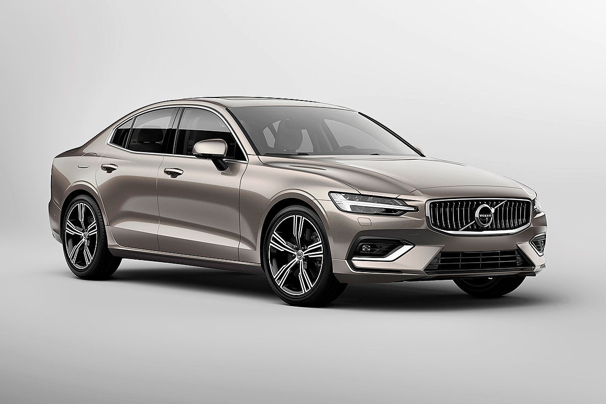 volvo on course for 800 000 cars by 2020