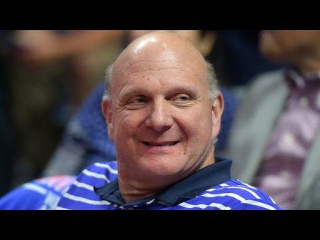 Clippers owner Steve Ballmer helps raise 500000 for