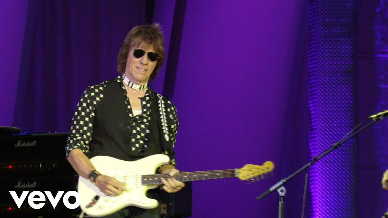 hight resolution of jeff beck still plays a mean guitar after all these years