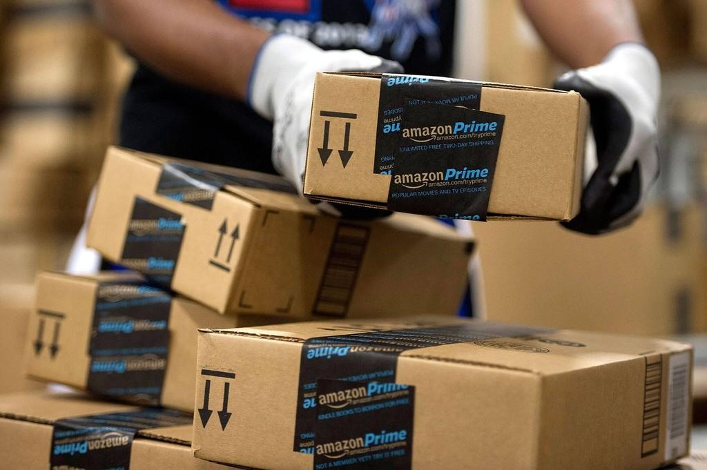 Los sindicatos de Amazon® planean huelgas para Black Friday, Navidad y Reyes en la planta de Madrid