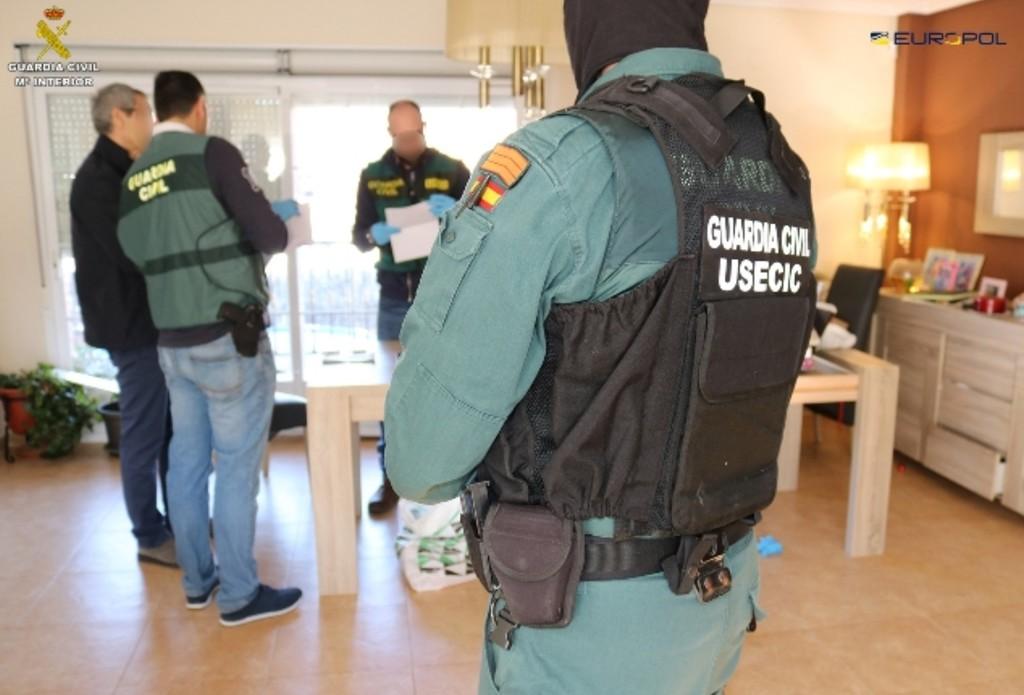 Permalink to La Guardia Civil detiene a una banda que blanqueaba dinero a través de las criptodivisas