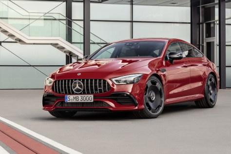 El Mercedes-AMG GT de cuatro puertas ya tiene nueva versión de acceso