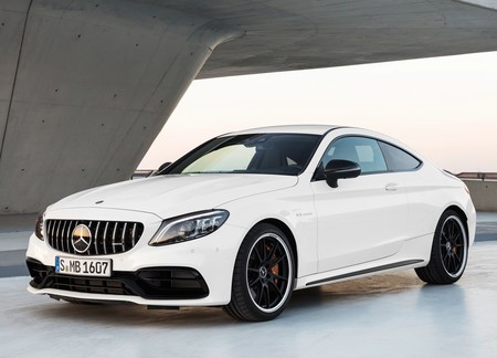 Mercedes Benz C63 S Amg Coupe 2019 1600 01