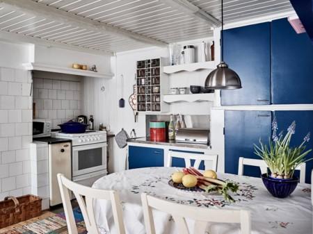 Nos encanta el estilo navy Una casa de pescadores en la costa sueca