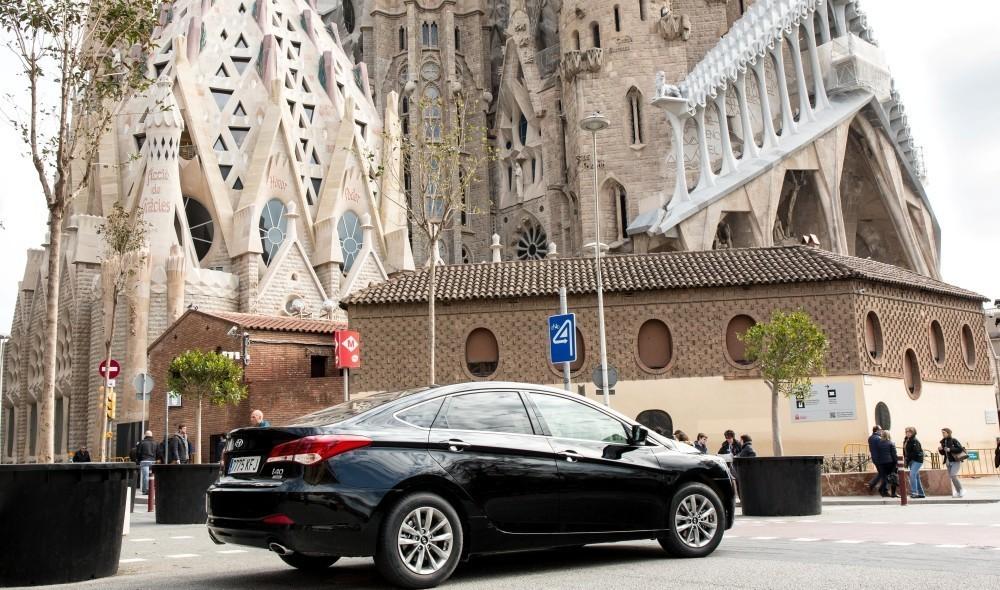 Los VTC solo podrán circular durante 16 horas al día y cinco días a la semana en Madrid al ser equiparados a los taxis