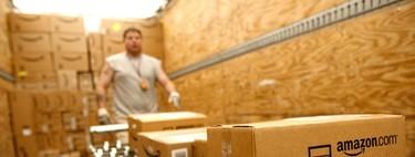 """""""Nos monitorizan y supervisan robots"""": Amazon despide a miles de trabajadores por no cumplir con las cuotas de productividad"""