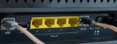 Cambiar el router de tu operador: qué mejorías e inconvenientes tiene hacerlo