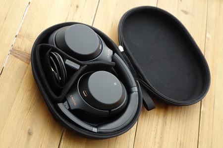 Sony1000xcaja
