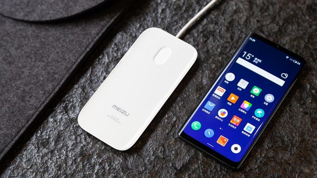 Meizu Zero es el móvil que pasa de los cables: no tiene conector de auriculares, pero tampoco ranura SIM o puerto de carga