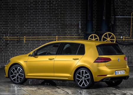 Volkswagen Golf 2017 1600 21