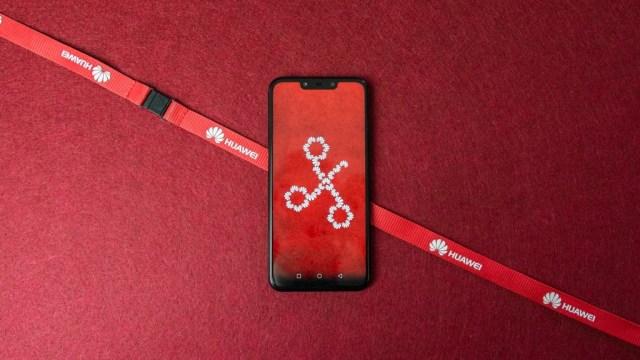 Huawei Mate 20 Lite, análisis: una autogestión sobresaliente y cuatro cámaras para jugar a desenfocarlo todo