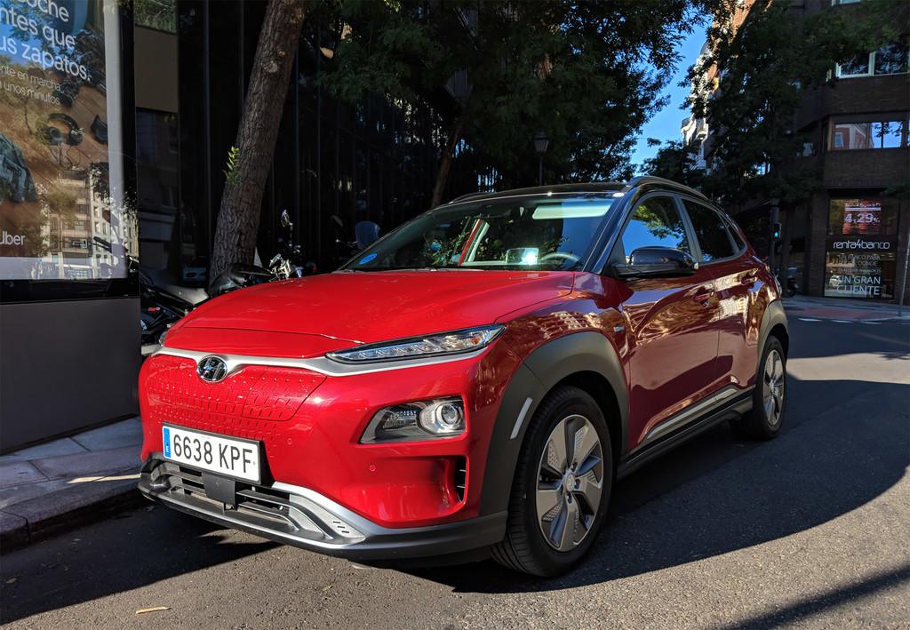 Tras probarlo, estos son los argumentos del Hyundai Kona eléctrico para crear frente a Tesla
