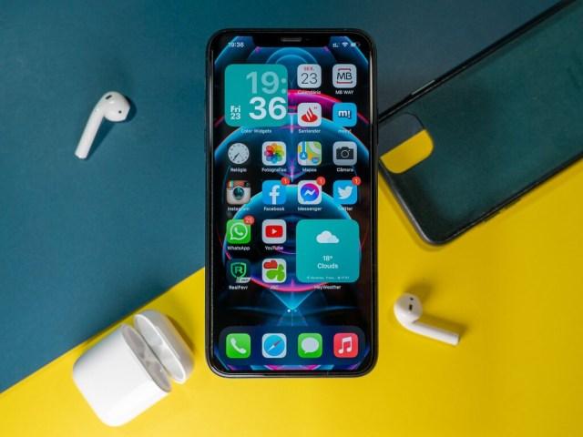 iOS 15: cómo deshabilitar el anuncio de volumen alto en tu iPhone