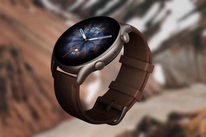 Amazfit GTR 3 Pro: el smartwatch más potente (y grande) de Amazfit permite contestar llamadas y hasta guardar música