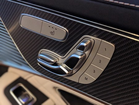 Mercedes Benz Eqc 8