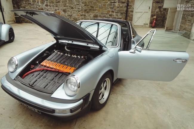 Permalink to A este Porsche 911 SC Targa de 1979 le metieron una batería de Tesla para transformarlo en un clásico eléctrico