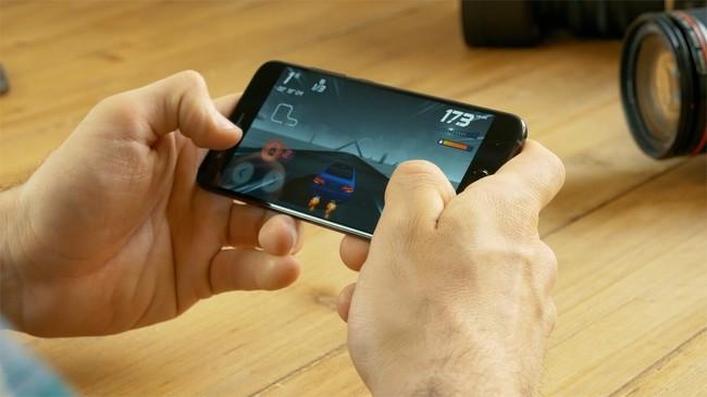 Permalink to Un iPhone reacondicionado en Amazon por 300 euros menos o el Xiaomi Mi 6 al mejor precio: tú elijes en el Cazando Gangas