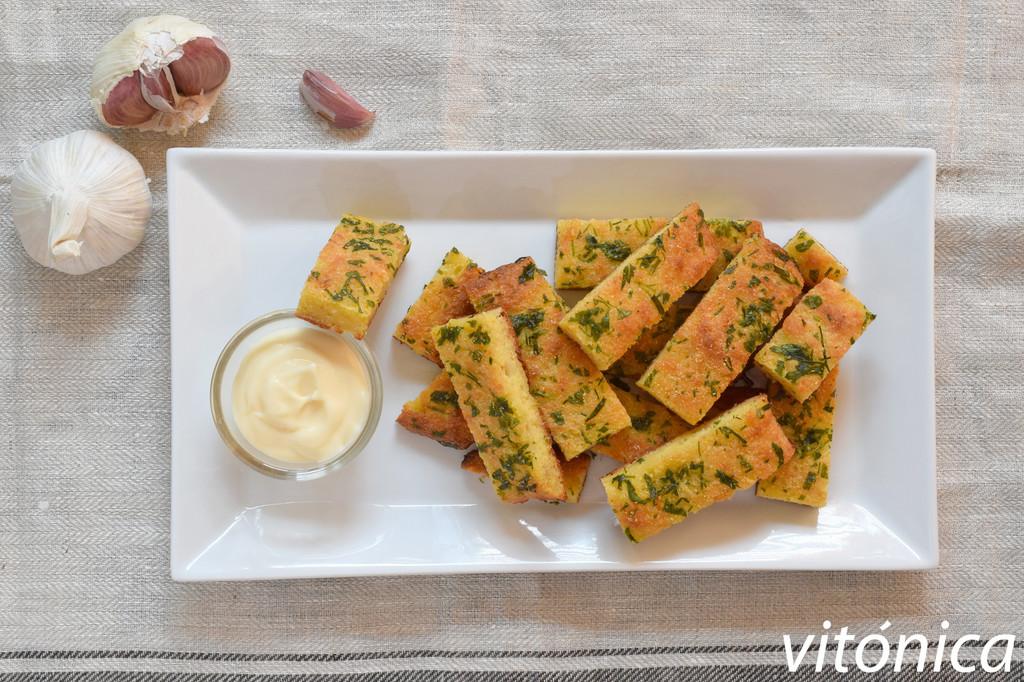 Pan de ajo keto (y sin gluten): receta saludable baja en hidratos