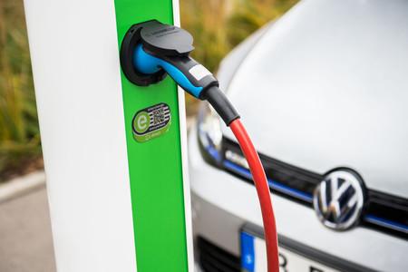Poste De Recarga Coche Electrico