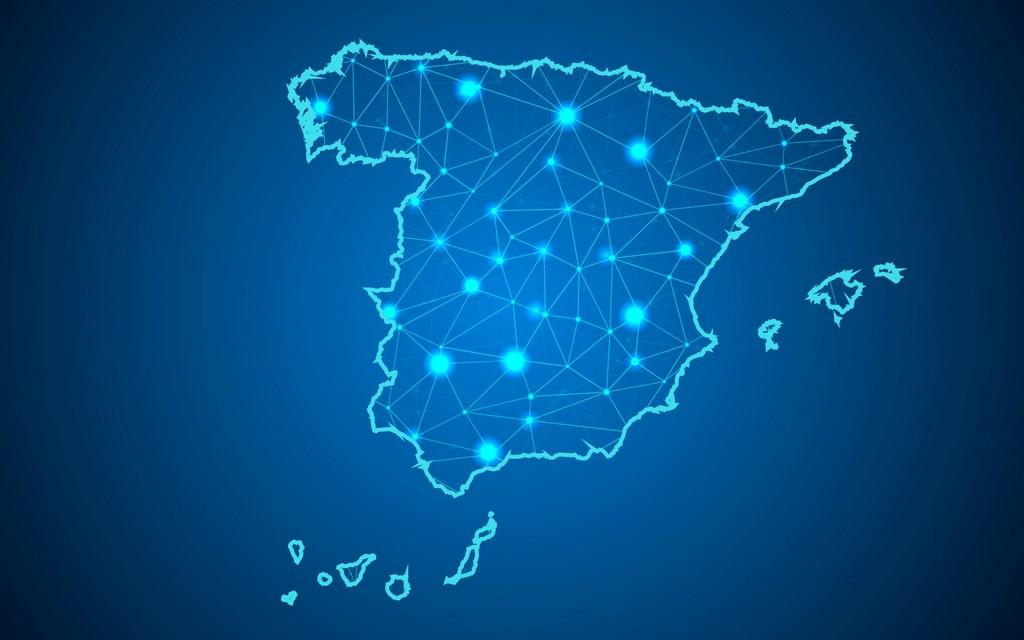 Los españoles son optimistas respecto a la tecnología y la innovación, pero cada vez lo son menos y abogan por una renta básica universal