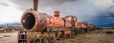 El cementerio de trenes de Uyuni: un testigo del declive de la minería y un escenario perfecto para un film post-apocalíptico