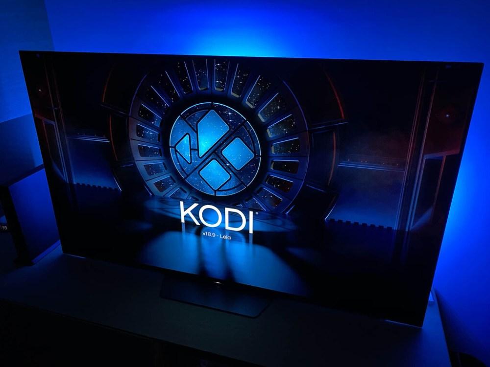 Esto es lo que debes hacer para instalar Kodi en un televisor con Android TV sin usar Google Play Store