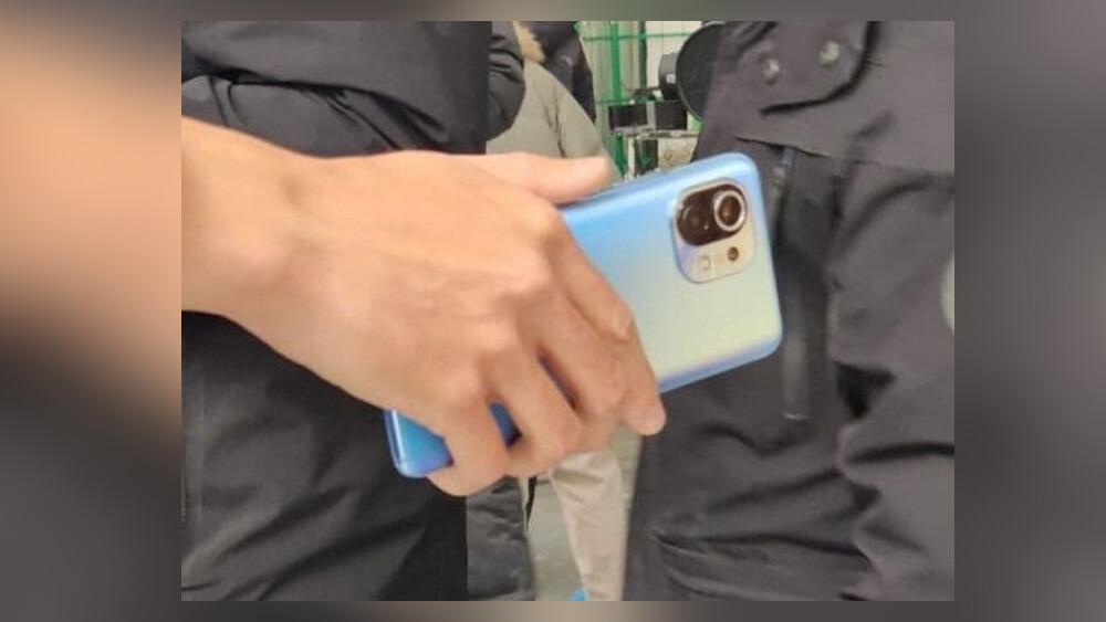 Este es el Xiaomi Mi 11: se filtran las primeras fotos del próximo flagship chino, con