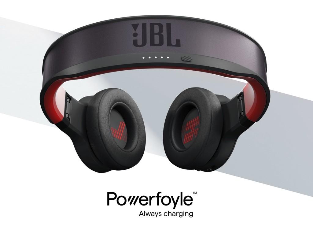 JBL asegura haber creado algo increíble: unos auriculares inalámbricos que se cargan automáticamente con luz solar y artificial