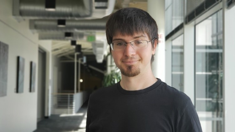 Permalink to El padre de la creación de caras de personas que no existen deja Google para dirigir el aprendizaje automático en Apple
