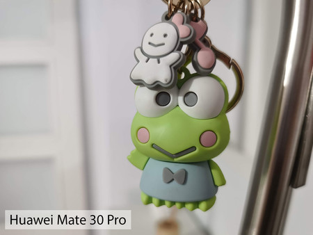 Huawei Mate 30 Pro Macro Int 02