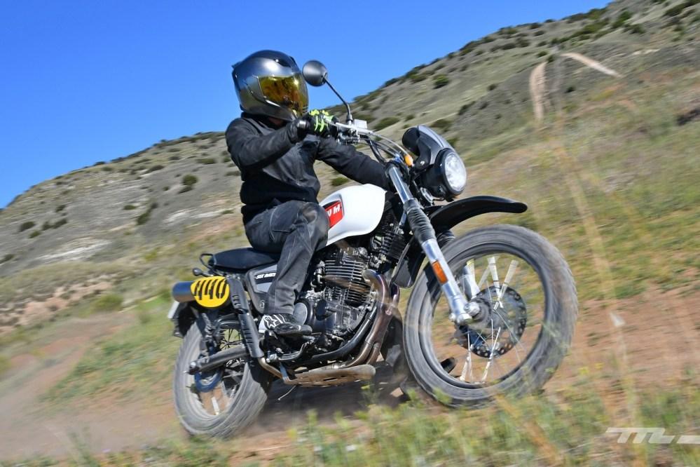 medium resolution of swm six days 440 2019 prueba moto trail pura para el carnet a2 sencilla y asequible