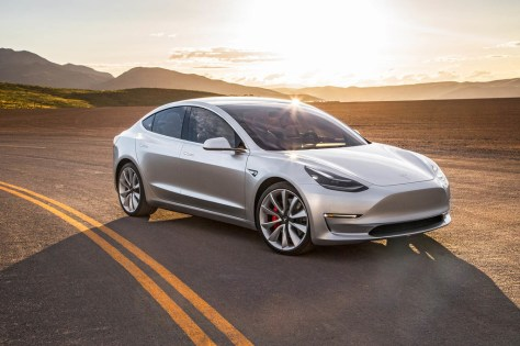 Tesla Model 3 record autonomía
