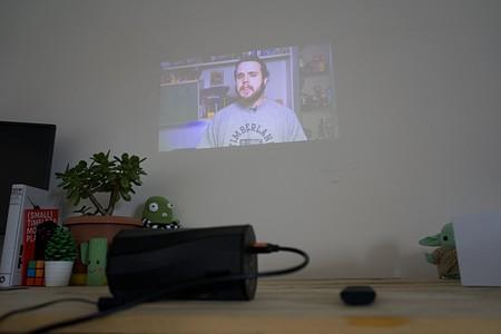 Proyector Acer C250i Review Xataka Espanol En Uso