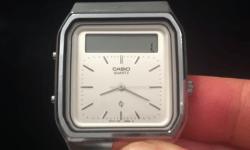 Casio ya tenía un reloj con pantalla táctil en 1984: así era el AT-552 Janus