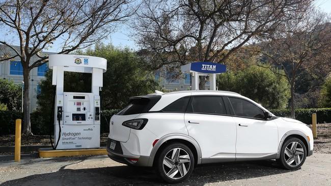 Permalink to Hyundai prueba con éxito el primer coche con nivel 4 de conducción autónoma impulsado por hidrógeno